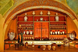 Erbe Veccia Farmicia in Italy/1600's