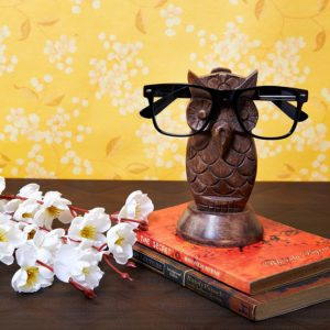 EyeglassStand